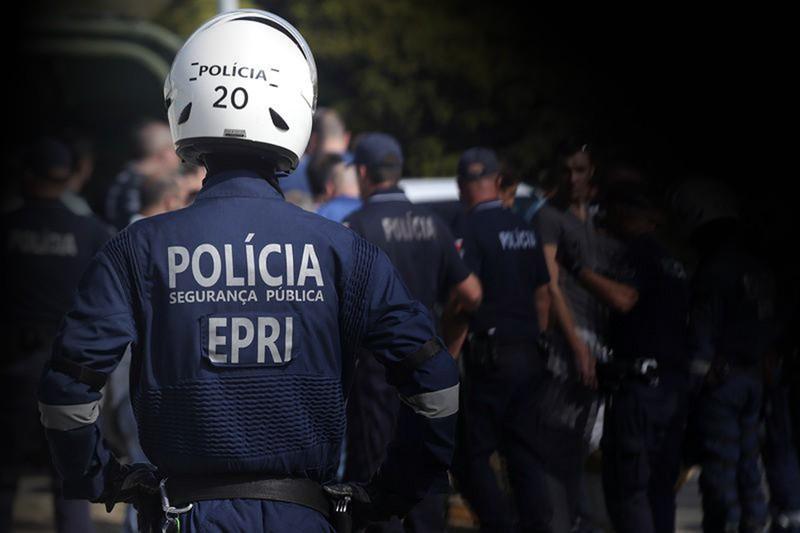 PSP interceta 52 adeptos envolvidos em confrontos antes do Vitória de Guimarães-Braga