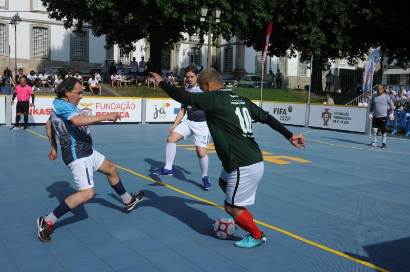 Futebol promove competências sociais