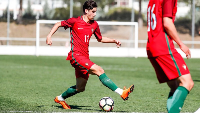 Trincão brilha na vitória de Portugal frente à Noruega na estreia do Europeu Sub-19
