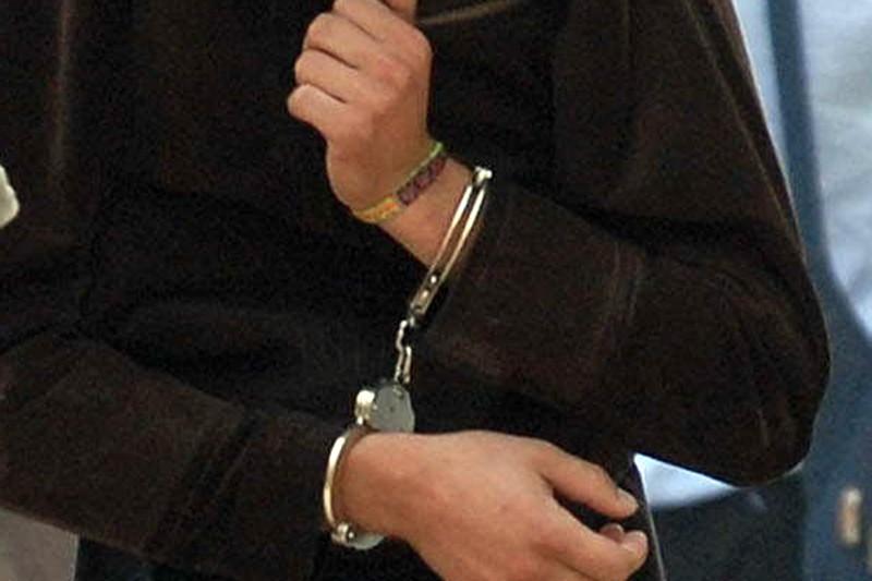 Homem condenado a prisão por agredir e cegar uma mulher