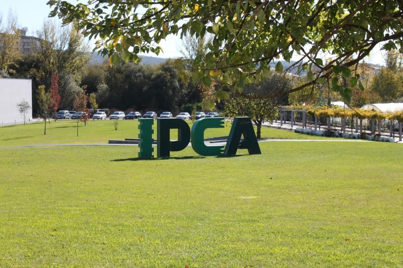 IPCA vai adquirir 30 novos computadores para ceder aos alunos mais carenciados