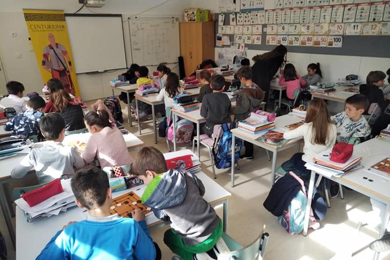Jogos Romanos de Tabuleiro ajudam na autonomia e na flexibilidade curricular