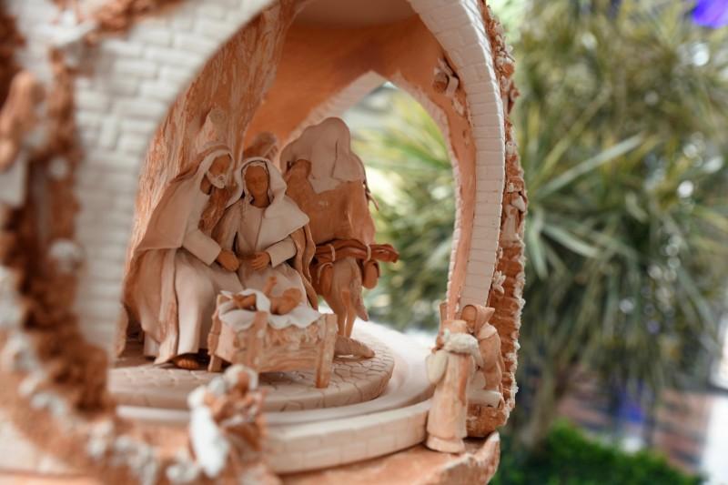 A arte da cerâmica da Fundação Castro Alves em exposição exclusiva nos Paços do Concelho