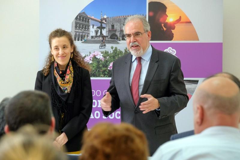 Câmara de Viana do Castelo assina protocolos para apoiar 26 associações