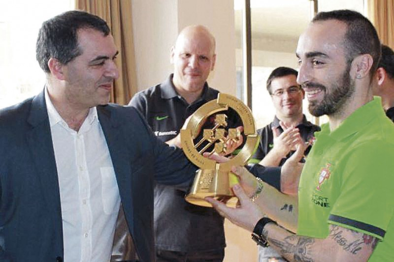 """Futsal """"está bem e recomenda-se"""" a nível local e nacional"""