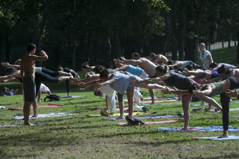 Yoga vai às IPSS em Paredes de Coura