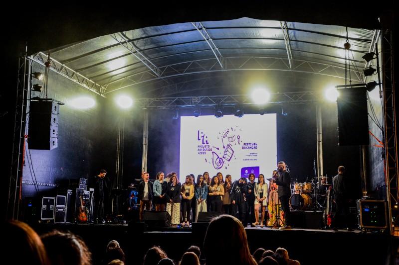 Barcelos: Sofia Silva e Ângela Pontes venceram Festival da Canção