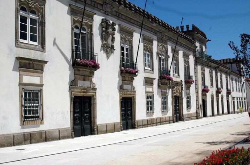Viana: Investimento de 2,8 milhões leva saneamento a oito freguesias