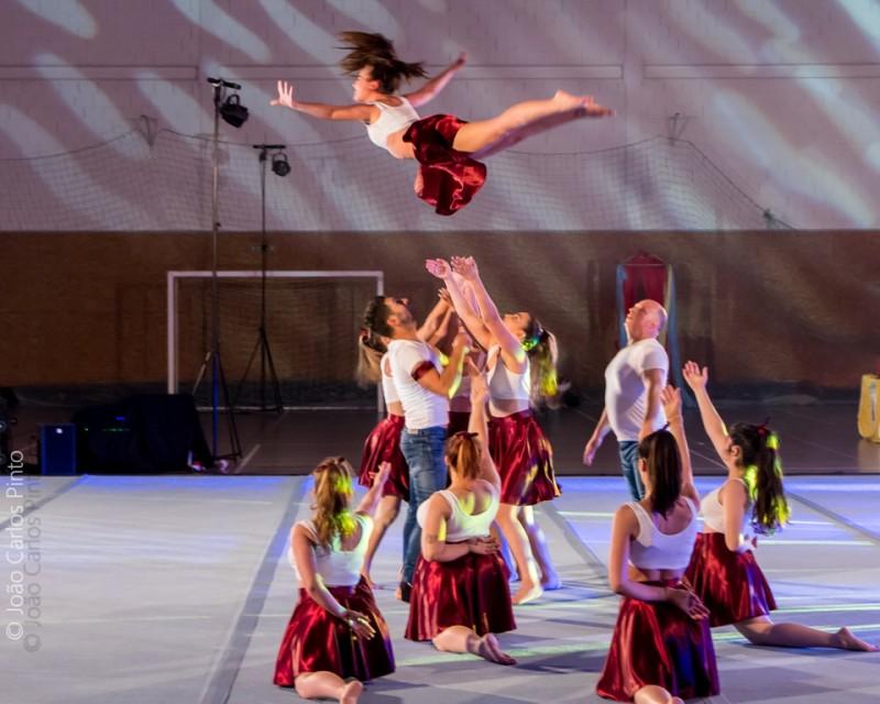 Sarau de ginástica acrobática  e artística anima Victoríadas