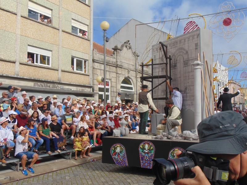 Milhares assistiram ao cortejo histórico