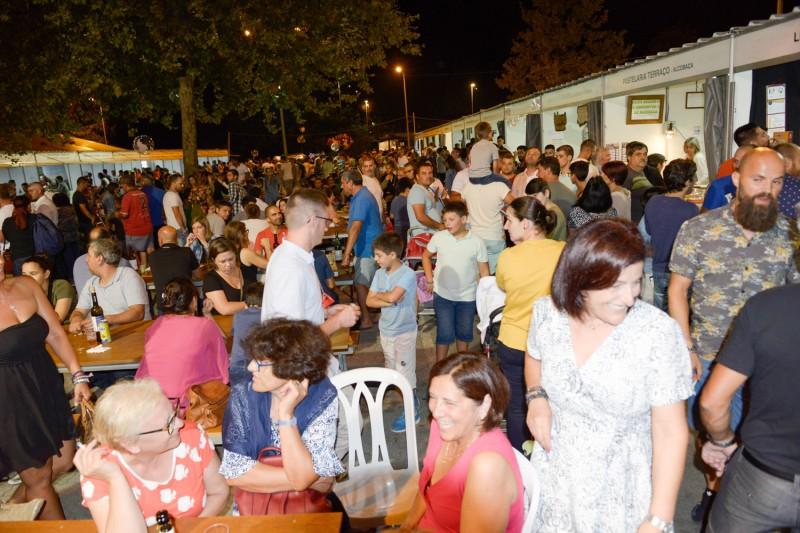 Uma enchente na Feira de Artesanato e Gastronomia de Celorico de Basto