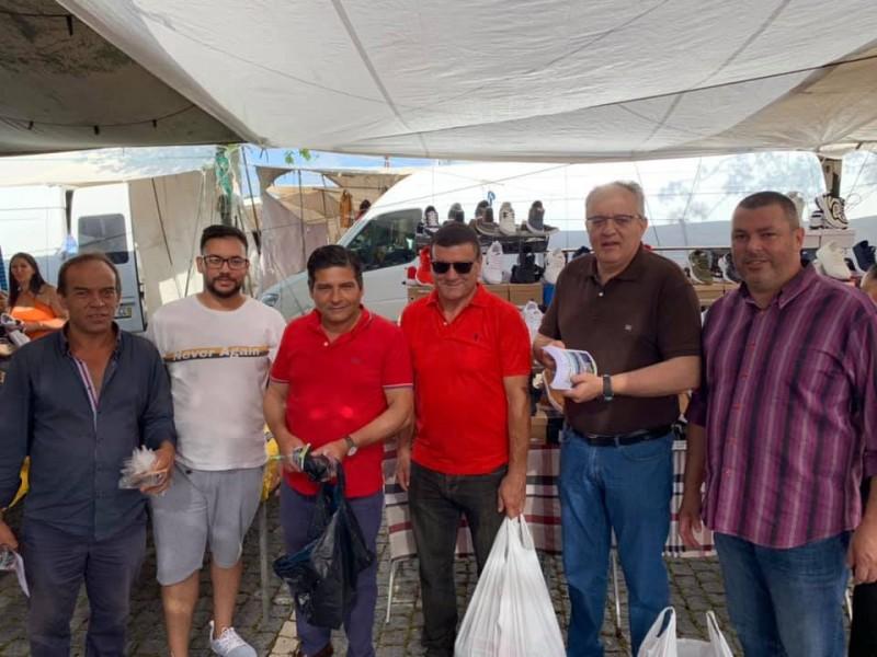 Campanha ajuda a manter limpo o recinto da feira