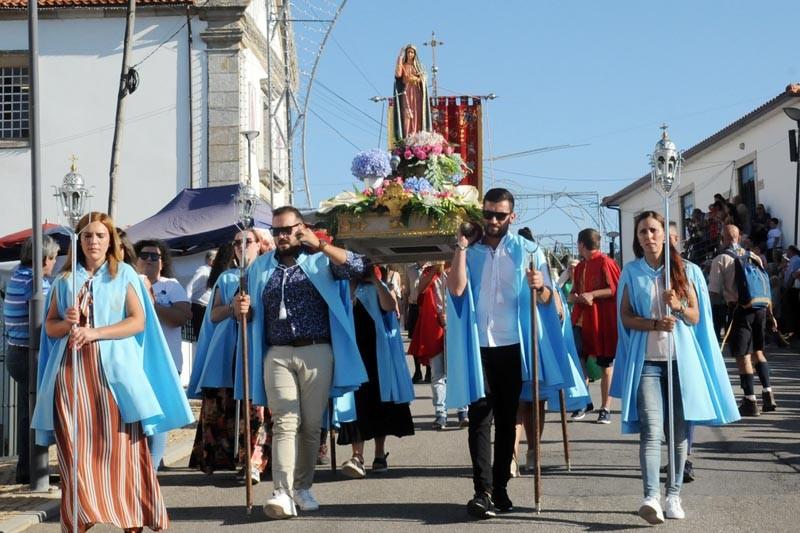 Grupo de homens solteiros volta a erguer as festas em honra de Santo Adrião e Nossa Senhora da Cabeça
