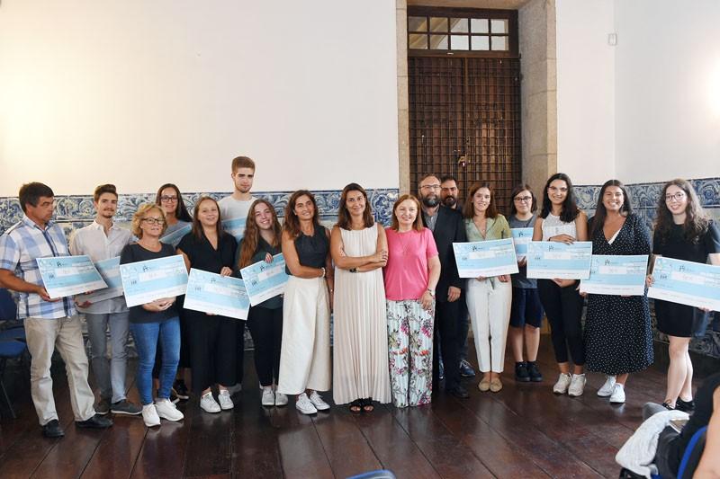 Município de Braga atribui 15 bolsas de estudo a alunos do ensino superior