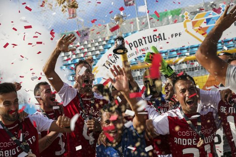 Guerreiros conquistam Taça de Portugal em futebol de praia