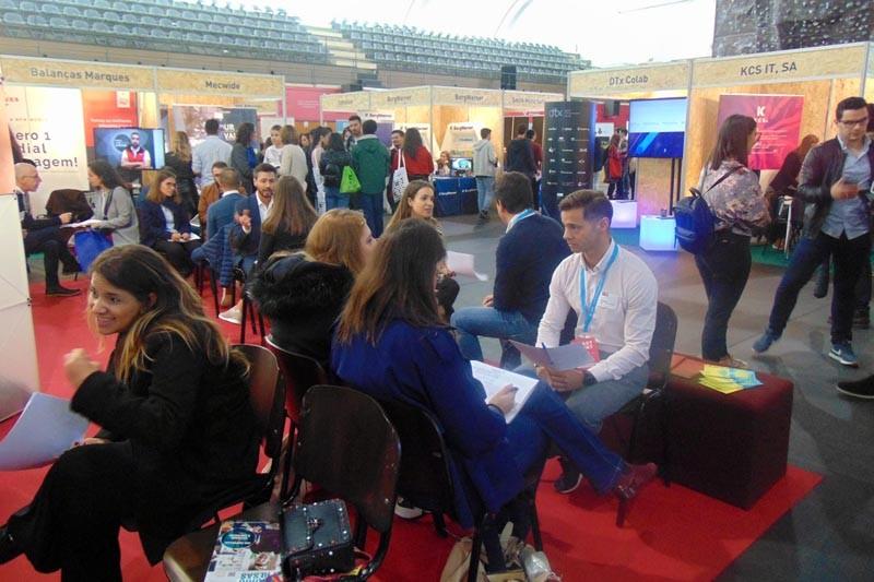 Empresas recrutam alunos de vários cursos da UMinho