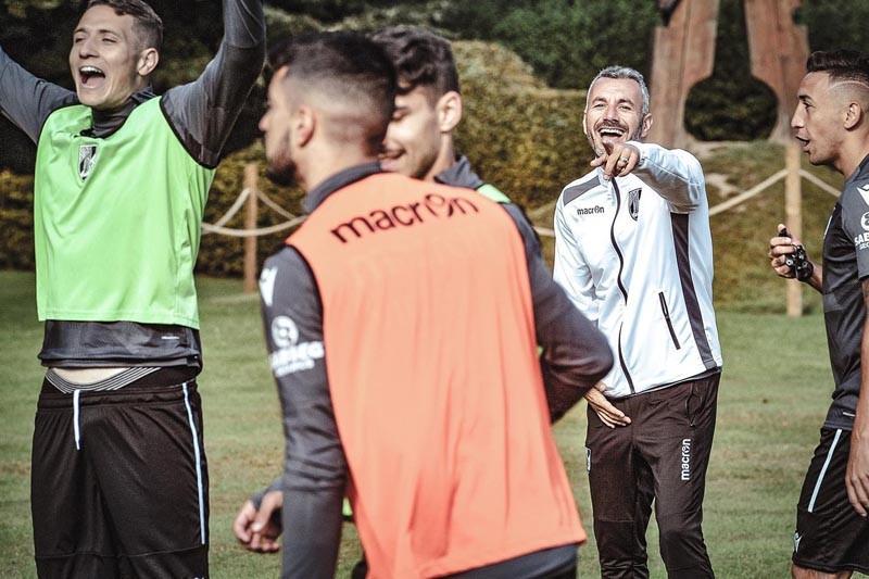 Vitória SC vai à procura dos primeiros pontos na UEFA
