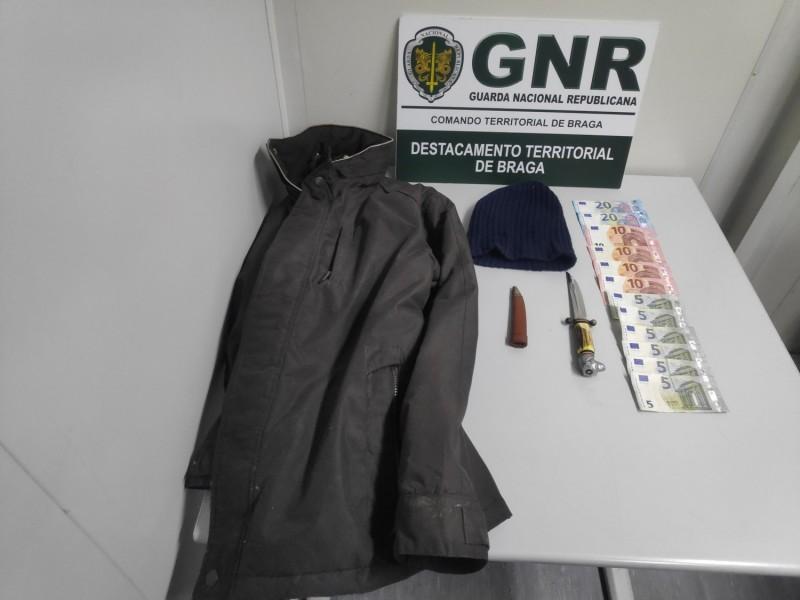 GNR intercepta suspeito  de roubo em pastelaria