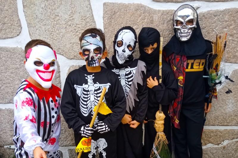 Halloween criativo pelas mãos dos alunos do Agrupamento de Escolas Dona Maria II, Vila Nova de Famalicão