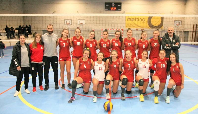 Juniores do SC Braga campeãs regionais de voleibol