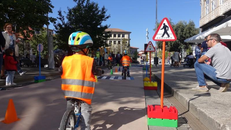 Guimarães promove uso da bicicleta nas escolas, empresas e freguesias
