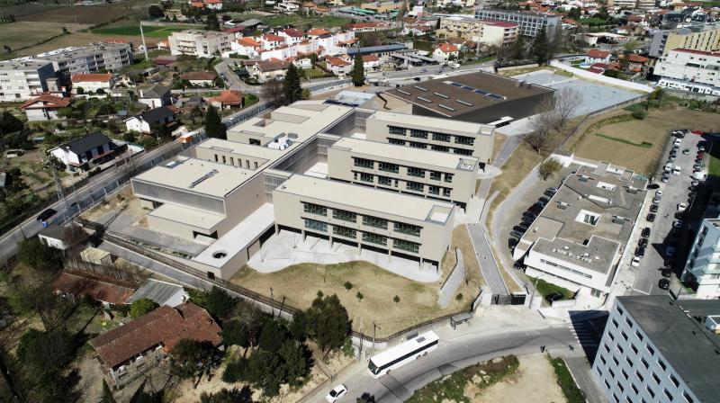 Escola Básica das Taipas distinguida com Melhor Projeto Público na área de arquitetura
