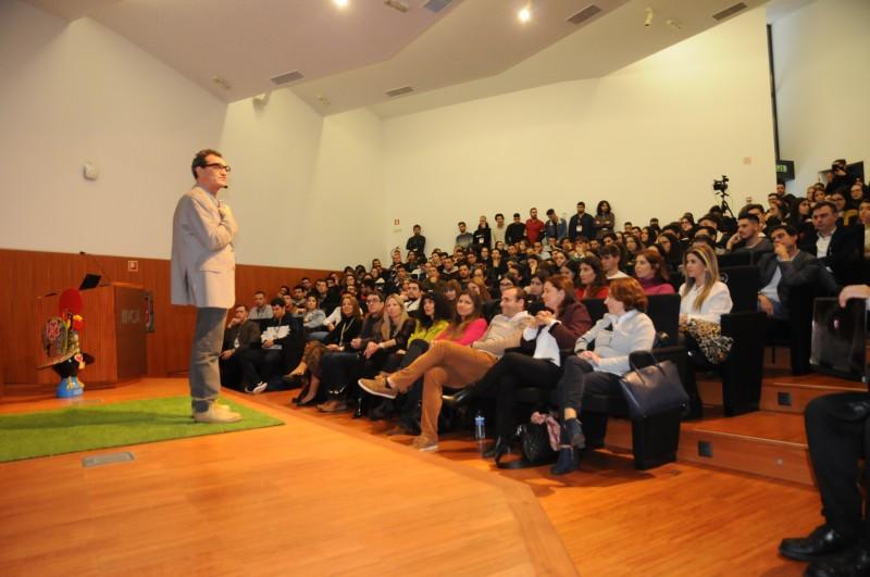 Barcelos: Feira de emprego aproxima alunos do IPCA de várias empresas
