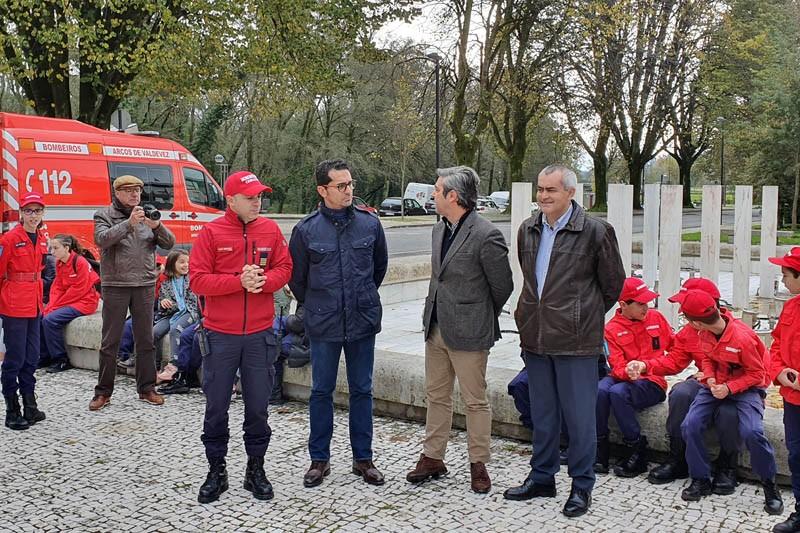 Quartel dos Bombeiros Voluntários de Arcos de Valdevez testa meios e põe população em segurança