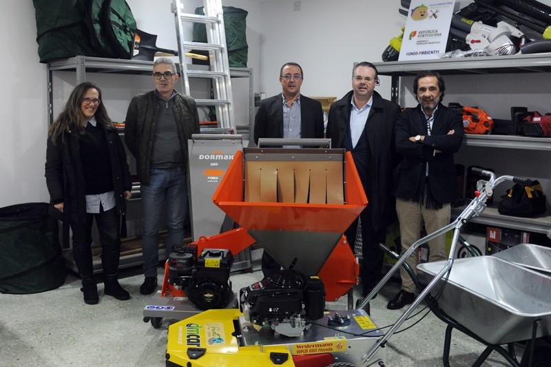 Máquinas e equipamentos partilhados em Loja Comunitária