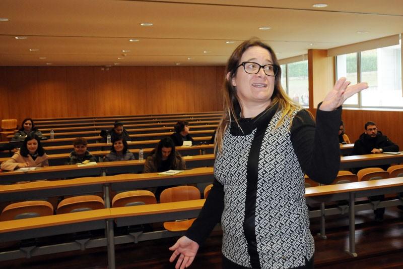 """""""Há uma feminização do jornalismo e uma desigualdade no acesso a cargos de chefia"""""""