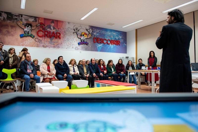 Fafe: Salas de aula do futuro equipam escolas