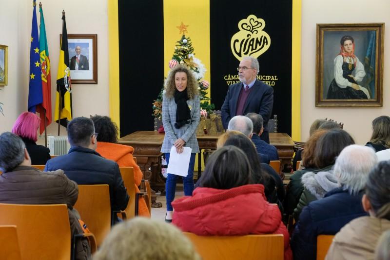 Câmara Municipal entrega lembranças de Natal a 1.900 idosos e crianças de instituições do concelho
