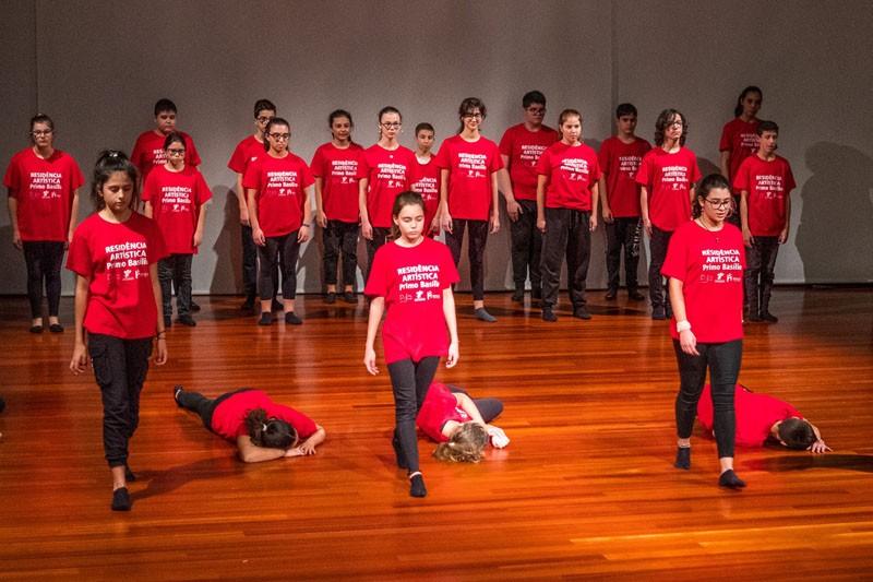 Sá de Miranda acolhe primeira residência artística de dança em contexto escolar