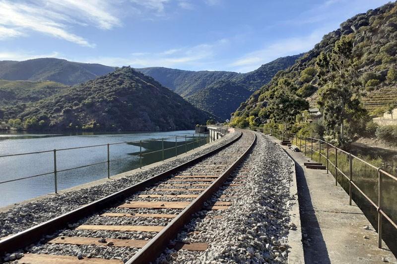 dstgroup reabilita viaduto da Ferradosa na Linha do Douro
