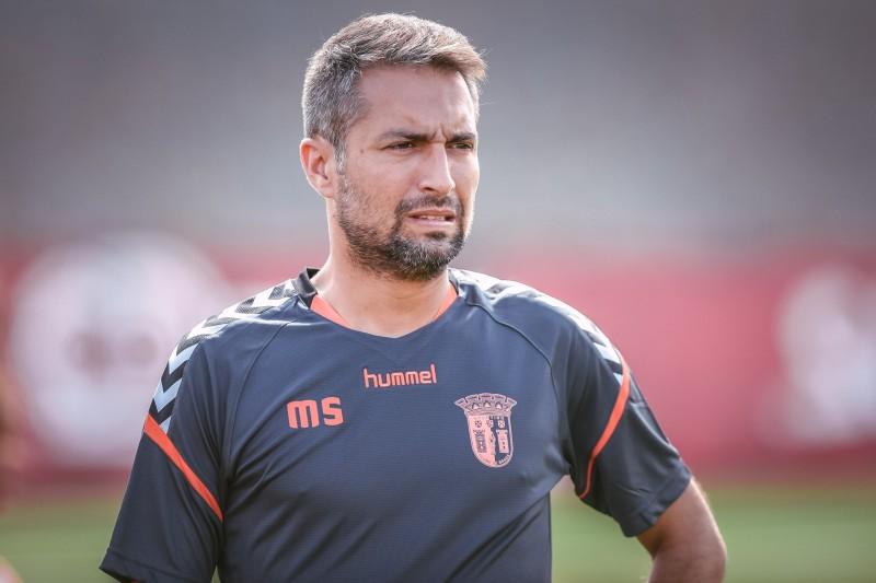 """""""Mais eficácia ofensiva"""", pede treinador na visita ao Sporting"""