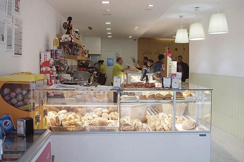 Flor da Venezuela: há 30 anos no mercado da padaria e pastelaria