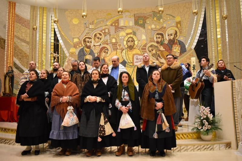 Grupo de Folclore 'Casa de Portugal' (en)canta as Janeiras em Andorra