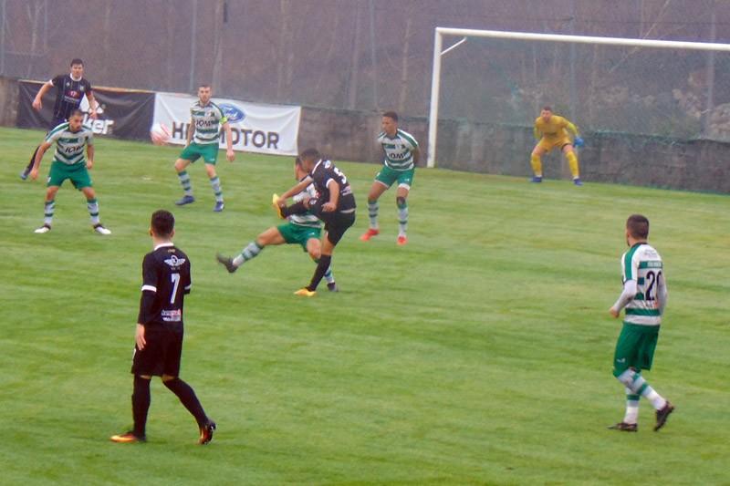 André Martins e Ritchi deram quatro golos ao Taipas