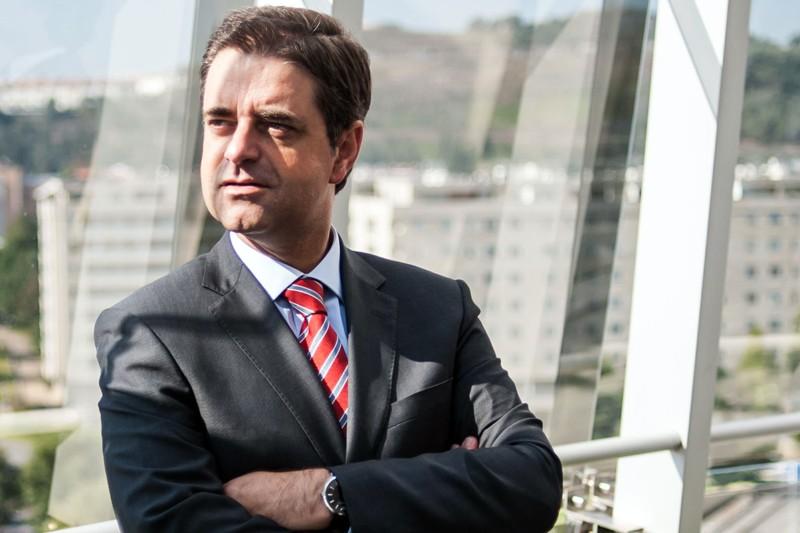 Ricardo Rio subscreve carta que exige modernização da ferrovia