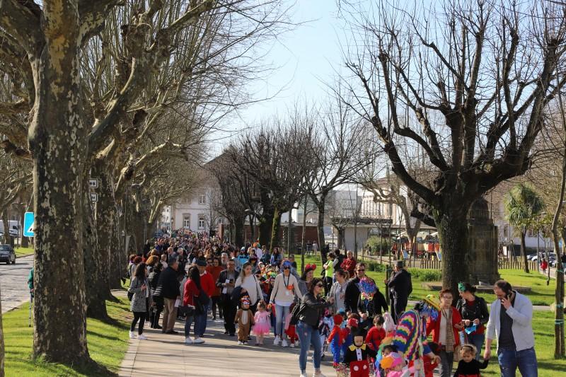 Carnaval da Santa Casa animou e coloriu as ruas de Vila Verde
