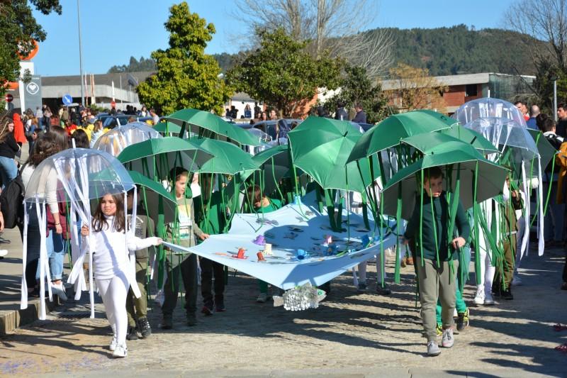 Carnaval das Escolas desafiou Cabeceirenses a 'Salvar o Planeta'