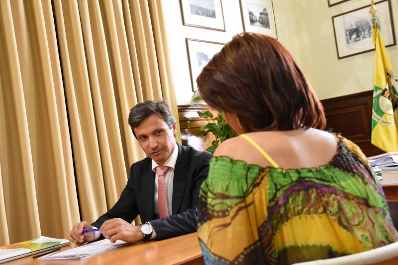 Famalicão: Presidência aberta por telefone