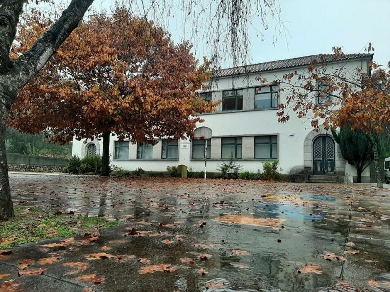 Município investe 144 mil euros na beneficiação da Escola Básica de Gemeses