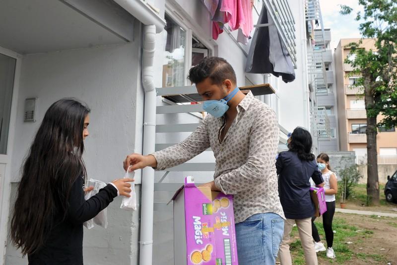 CLIB e câmara presenteiam petizes no Dia da Criança