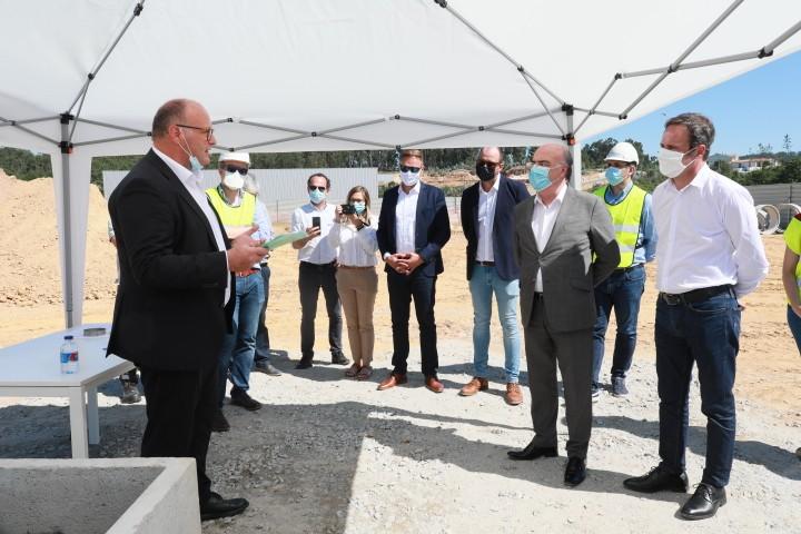 Presidente da Câmara visitou empresa Robobeck na Zona Industrial da Pousa