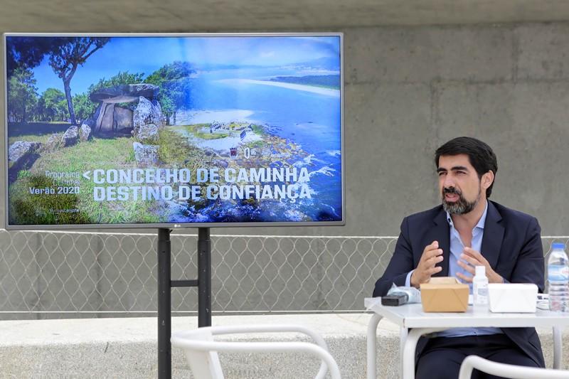 """Caminha abre portas aos turistas  para manter """"destino de confiança"""""""