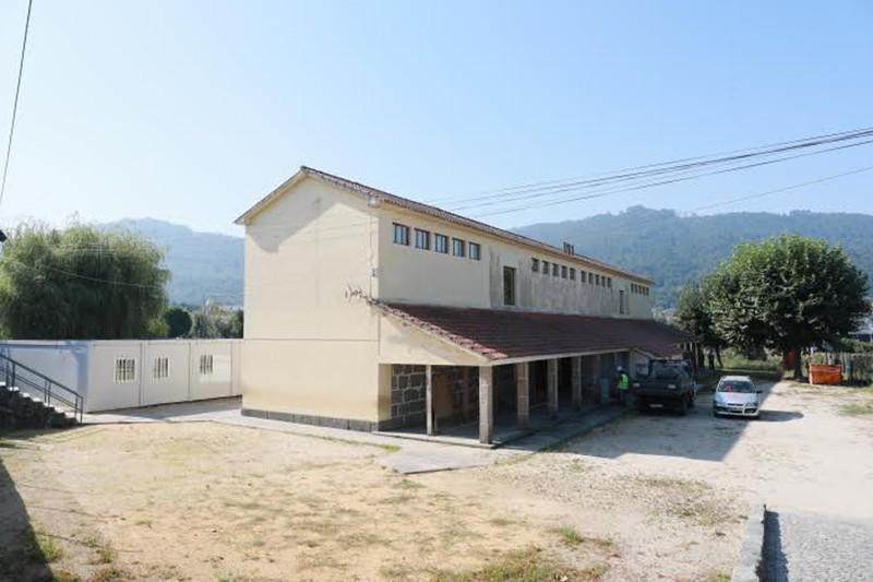 Escola Básica de Martim está em obras