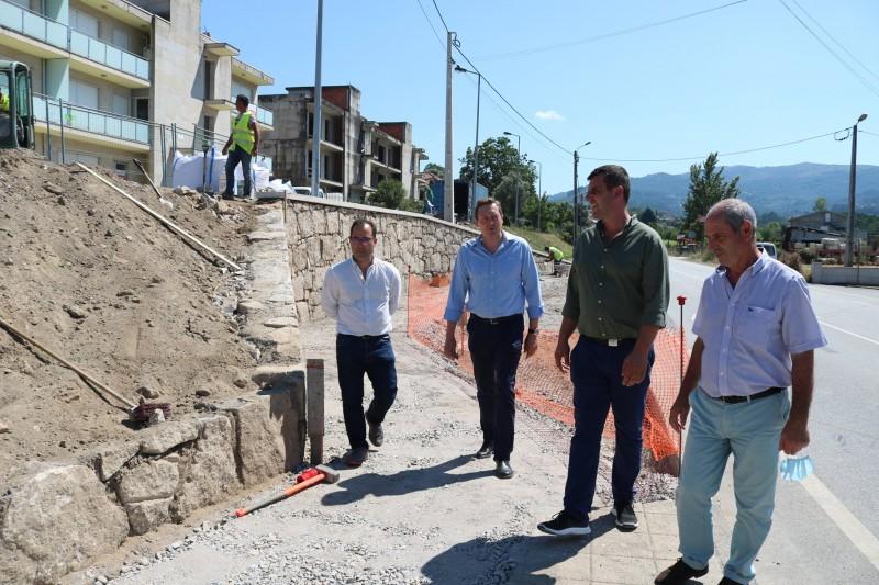 Ponte da Barca: Freguesia de Vade S. Tomé vai ter novo abrigo de passageiros