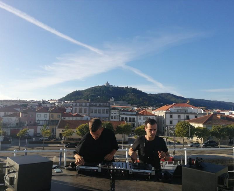 Dupla de DJ's transmite a partir do Navio Gil Eannes música para 16 países