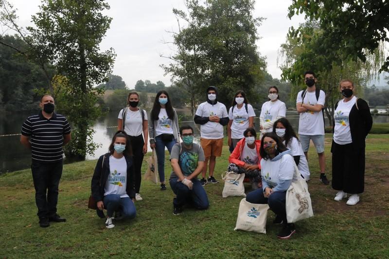 Jovens do distrito comprometidos com a sustentabilidade ambiental
